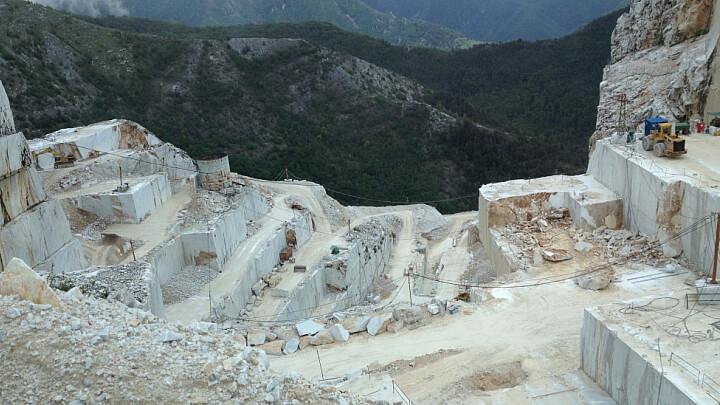 Le strade delle cave di Carrara